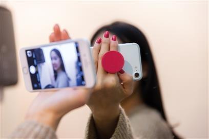 4543c8cf Stick 'n Hold mobilholder med trykk av logo billig give-aways for barn og  ungdom