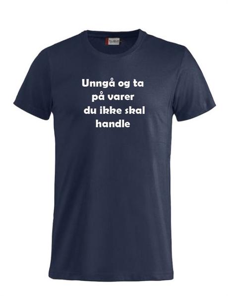 Gensere og t skjorter i str M, selges billig. Mange bilder i